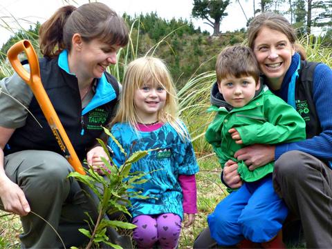 Kids Greening Taupo planting day