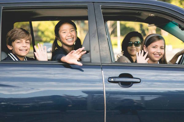 NEIGHBOR, A CARPOOLING APP JUST FOR YOUR KIDS