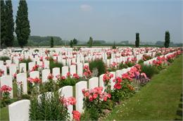 Tyne&#32;Cot&#32;Cemetery