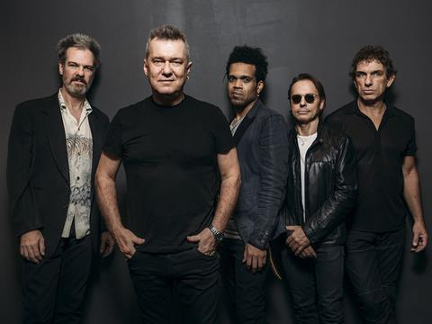 Cold Chisel – Jimmy Barnes,Ian Moss,Don Walker, Phil Small andCharley Drayton