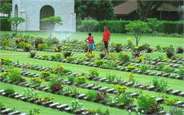 Kanchanaburi War Cemetery 