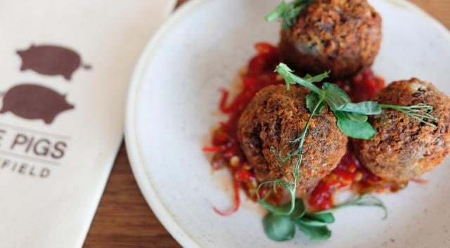 Crispy haggis fritter at The Pigs
