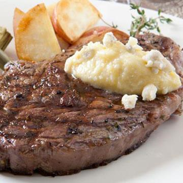 Ribeye steak with gorgonzola butter