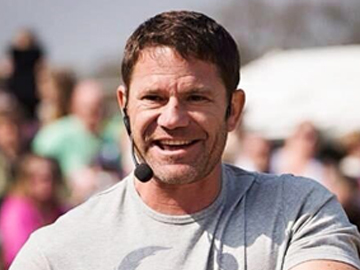 Steve Backshall at Longleat Safari Park. Image courtesy of Steve Backshall.