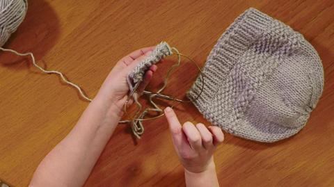 Magic loop knitting with Sarah Hatton