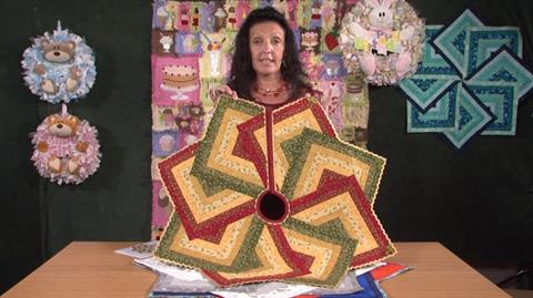 Festive Tree Skirt with Gail Penberthy
