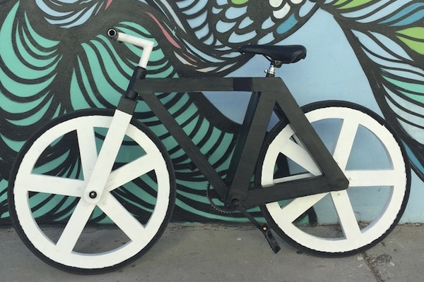 THE URBAN GC1 BIKE IS MADE (ALMOST) ENTIRELY OUT OF PAPER