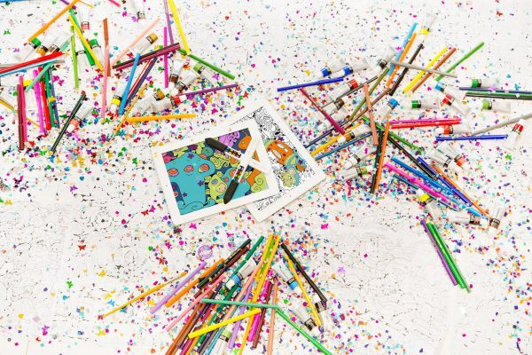 ARE PAPER COLORING BOOKS & CLASSIC CRAYONS DEAD? THIS GUY THINKS SO.
