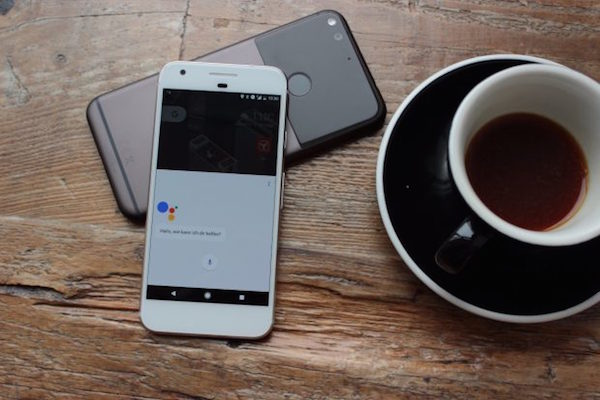 GOOGLE ASSISTANT IS BRINGING AI TO YOUR COFFEE TABLE AND YOUR IPHONE